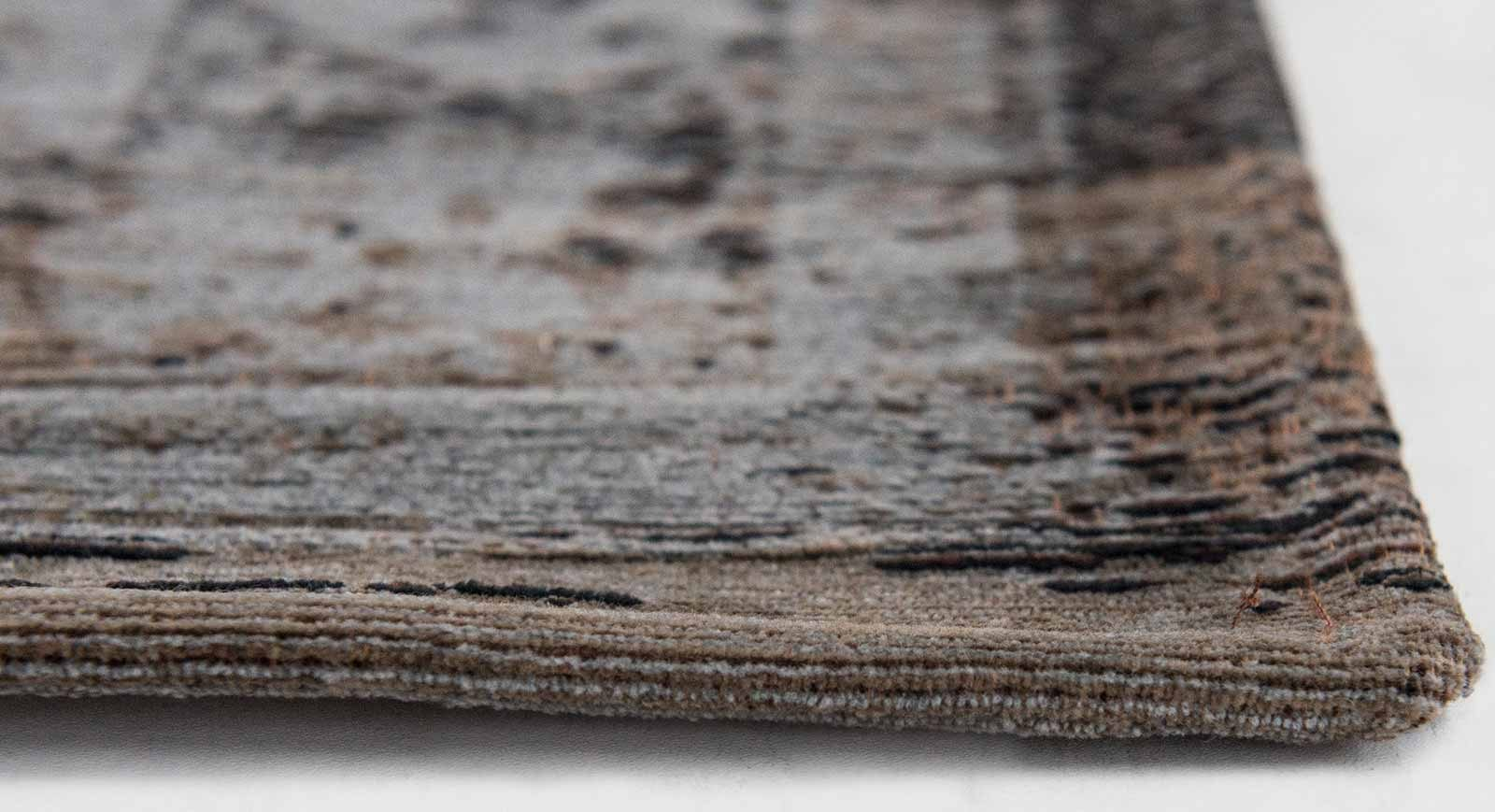 rugs Louis De Poortere LX8257 Fading World Medaillon Grey Ebony side