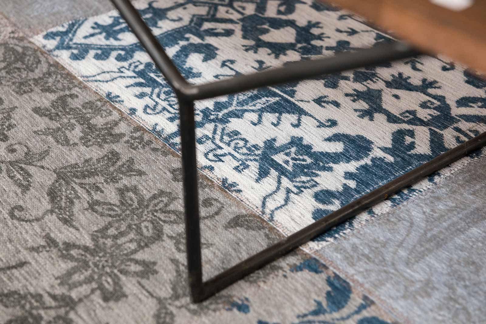 rugs Louis De Poortere LX8981 Vintage Bruges Blue zoom