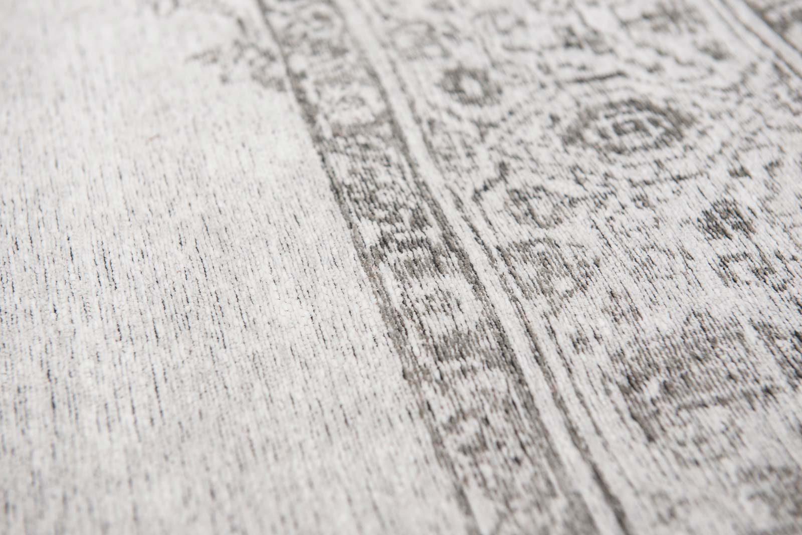 rugs Louis De Poortere LX8668 Fairfield Pale zoom 3