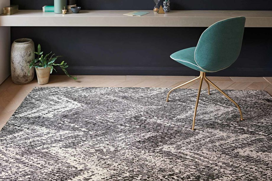 Louis De Poortere rugs Romo LX 8746 Itsuki Charcoal interior