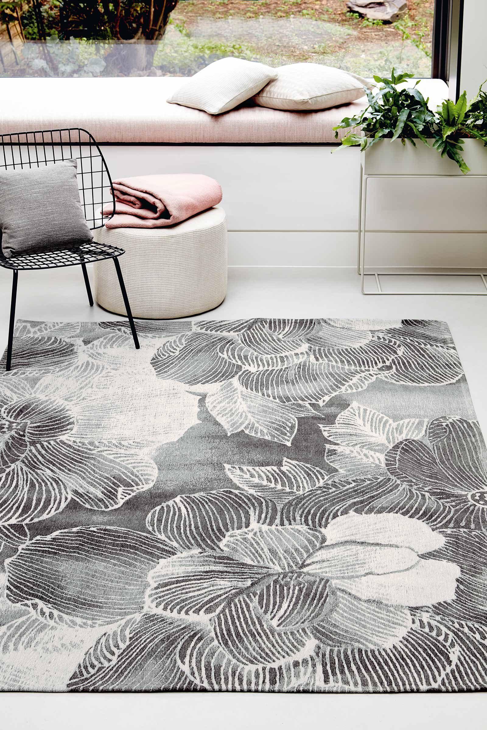 Louis De Poortere rugs Villa Nova LX 8755 Akina Carbon interior