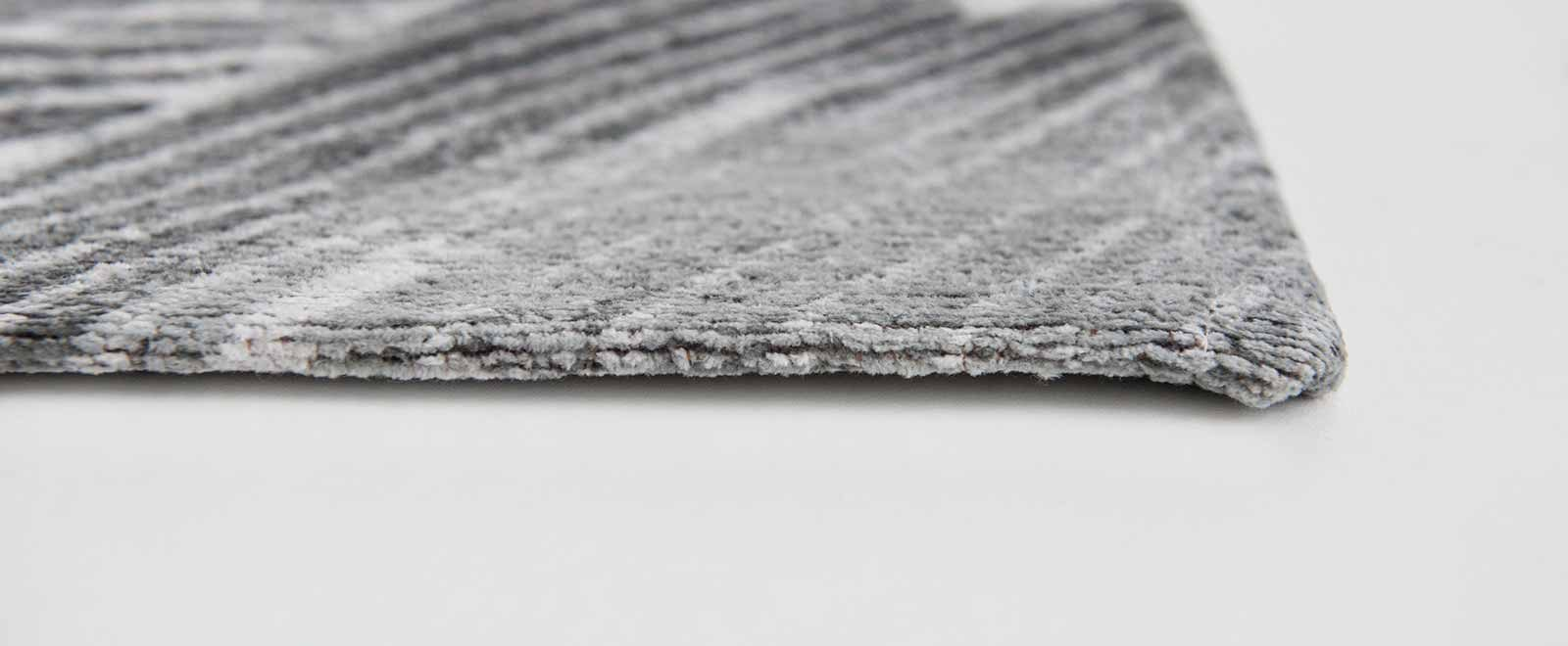 Louis De Poortere rugs Villa Nova LX 8755 Akina Carbon side