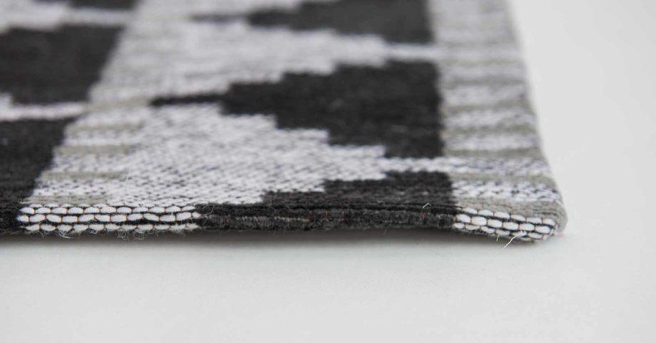 Louis De Poortere rugs Villa Nova LX 8764 Tobi Onyx side