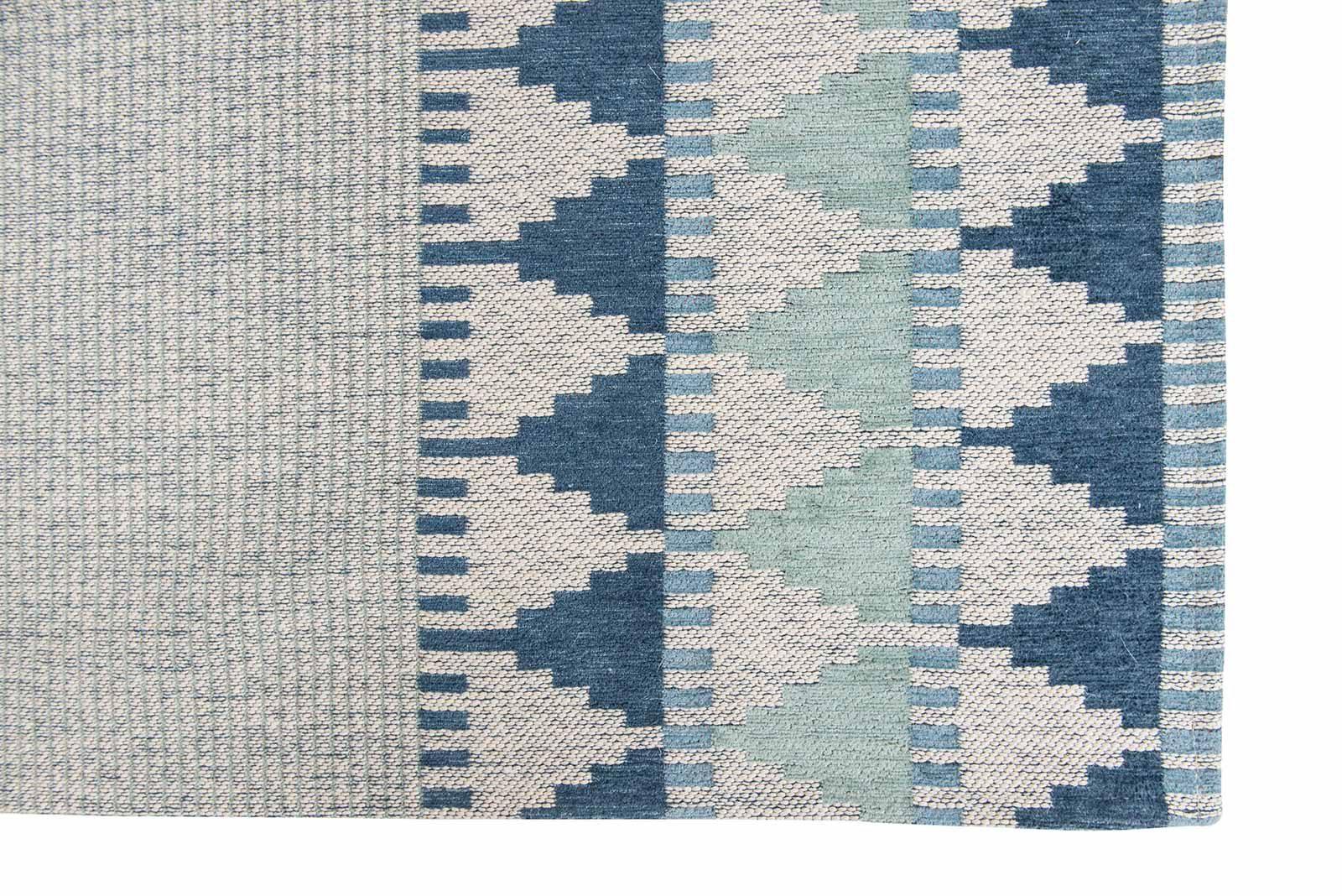 Louis De Poortere rugs Villa Nova LX 8766 Tobi Teal corner