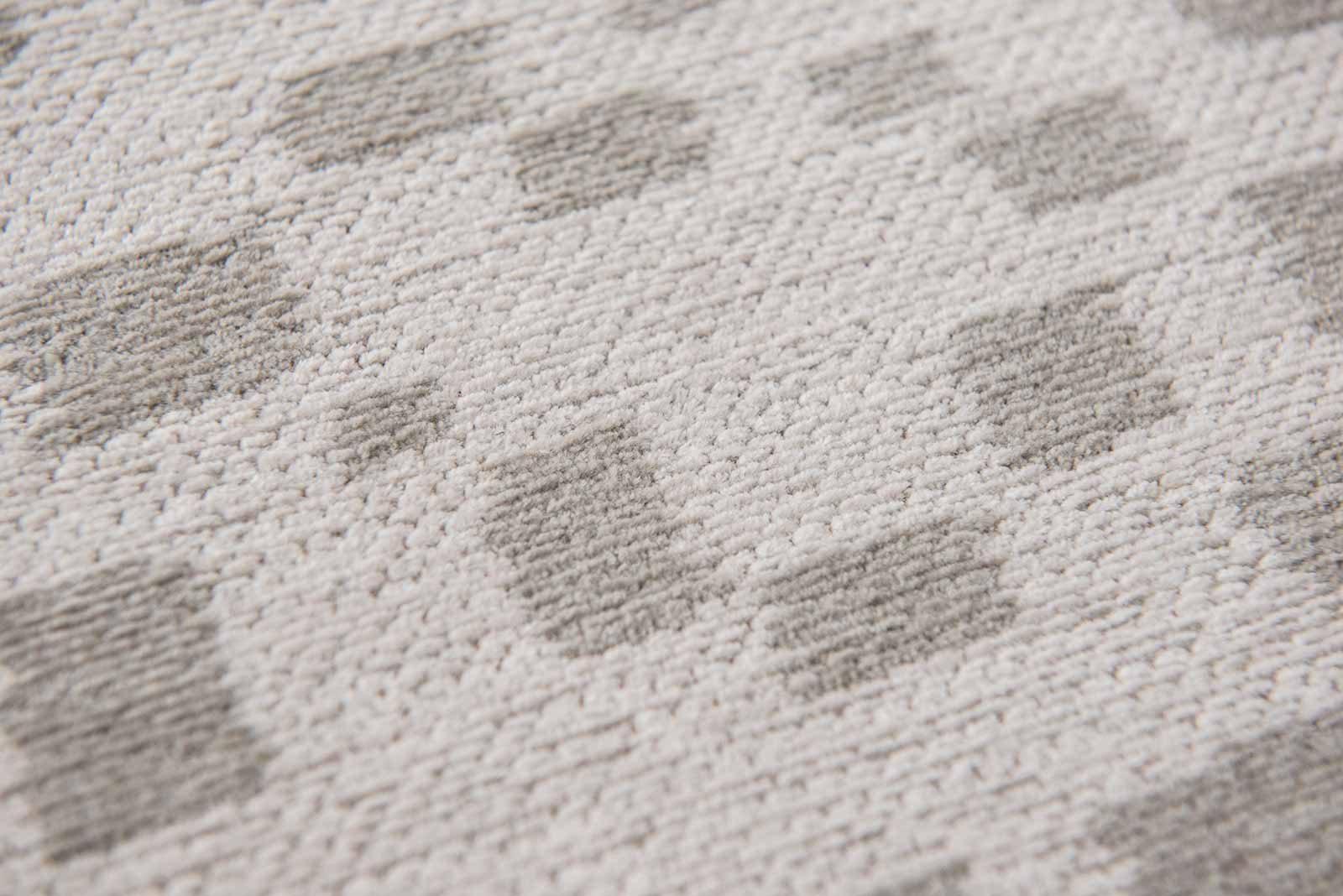 Louis De Poortere rugs Villa Nova LX 8776 Freyr Line zoom 2