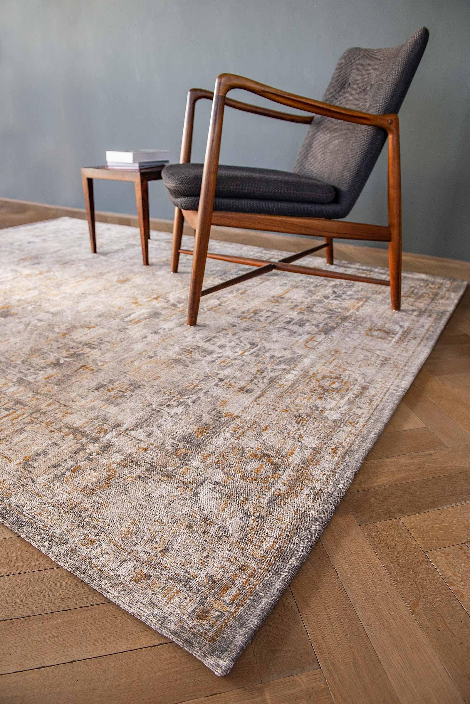 Louis De Poortere rug LX 8884 Antiquarian Ushak Suleiman Grey interior 5