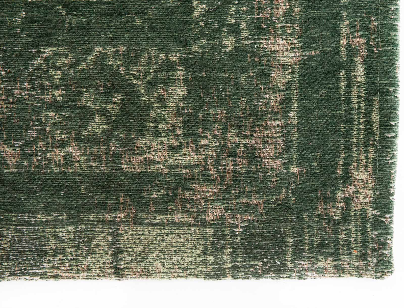 Louis De Poortere rug LX 9146 Fading World Majestic Forest corner